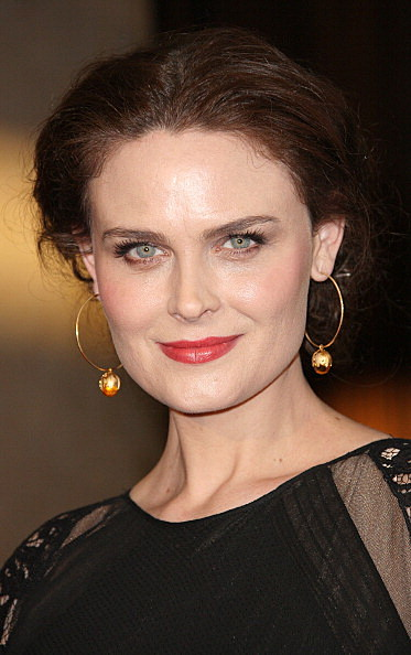 Dating for sex: who is emily deschanel dating 2012