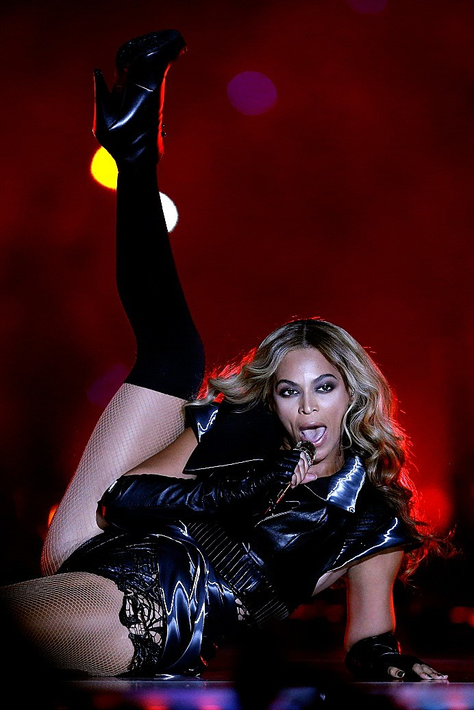 Hollywood Dirt: Beyonce's Super Bowl Performance – Did She ...