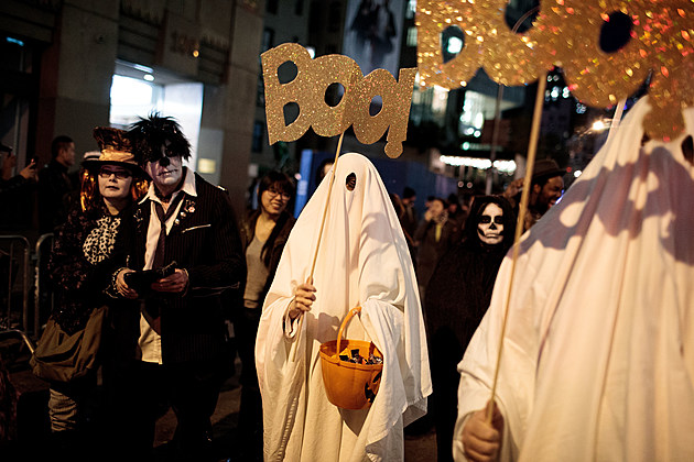 Annual Halloween Parade Winds Through New York's Greenwich Village
